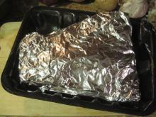 Preparación salmón ahumado con papel aluminio